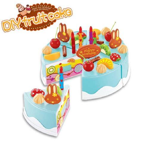 jeux de cuisine de gateaux d anniversaire achetez en gros g 226 teau d anniversaire jouets en ligne 224 des grossistes g 226 teau d anniversaire