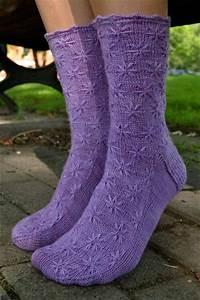 Lilac Socks Knitting Pattern