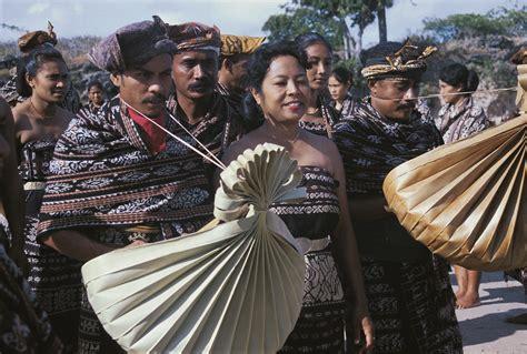 Bye-Bye Boat: Rituals on Savu | Asian Geographic Magazines