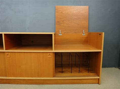 danish modern stereo cabinet retrocraft design