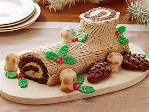 Decoration De Buche De Noel : christmas traditions around the world hgtv 39 s decorating ~ Preciouscoupons.com Idées de Décoration