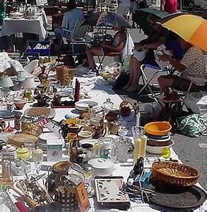 Organiser Un Vide Grenier : comment s 39 organiser pour faire une brocante so busy girls ~ Voncanada.com Idées de Décoration