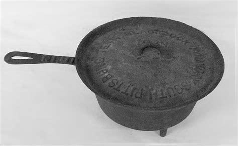 foundry   cast iron collector information   vintage cookware enthusiast