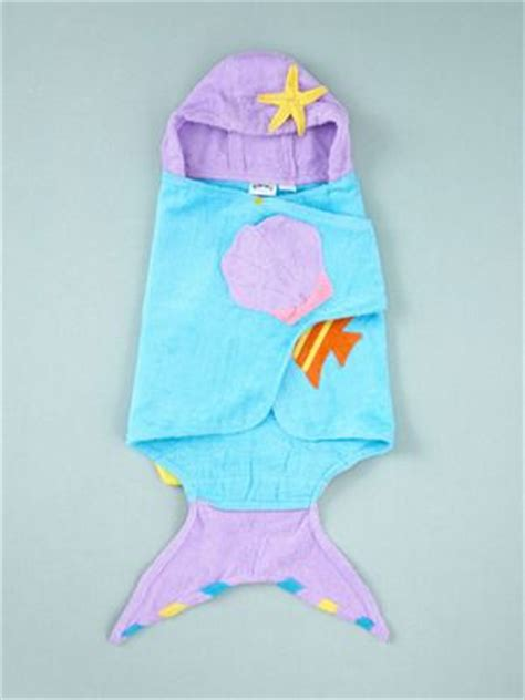 Kidorable Mermaid Hooded Towel. Leah would love this! Fashion for Kids Pinterest Baby