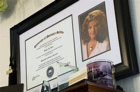 fbi scrutinizes funeral home  side business selling