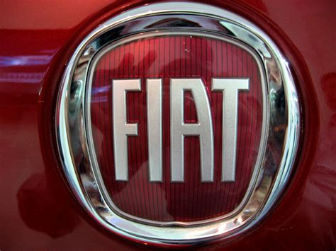 Fiat Car Logo by Fiat Logo Fiat Car Symbol Meaning And History Car Brand