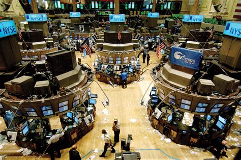 Top 10 Big Stock Exchanges in the World - List Dose