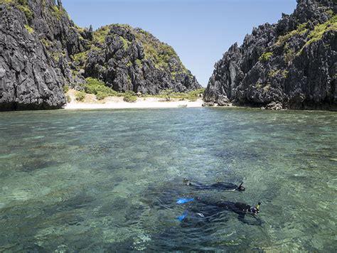 snorkeling el nido palawan philippines coral triangle