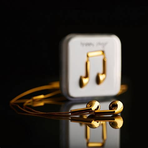 gold iphone headphones looking for gilded earphones to go with your gold iphone 5s