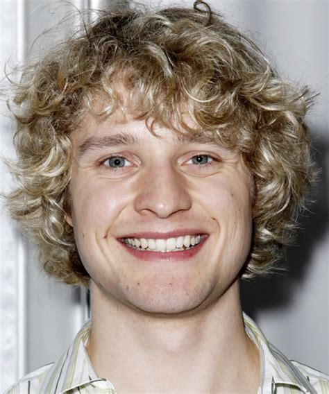 charlie white casual medium curly hairstyle