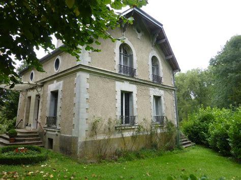 maison a vendre essonne maison 224 vendre en ile de essonne mereville tr 232 s joli petit manoir au bord d une