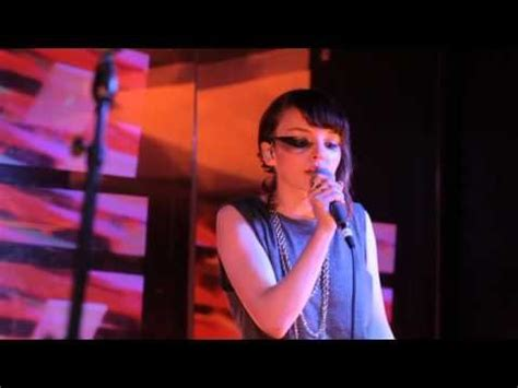 1000 ideas about chvrches songs on pinterest chvrches