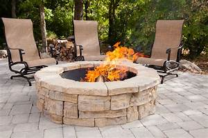 Functional rounded garden stones firepit backyard for Functional rounded garden stones firepit backyard