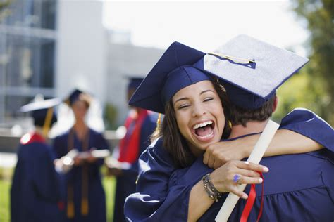 student loan facts college grads    paying