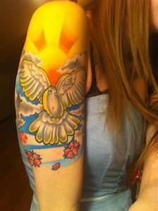 Dove Tattoo Images & Designs