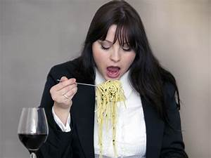 7 rules of fitness 7 worst table manners mistakes boldsky com