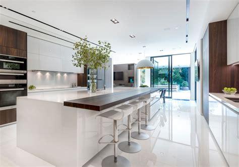 White Cupboard Kitchen by 35 Fresh White Kitchen Cabinets Ideas To Brighten Your