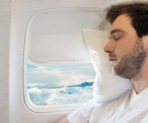 Coussin Pour Dormir : oreiller et coussin de voyage comment choisir travel earth ~ Melissatoandfro.com Idées de Décoration