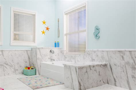 white calcutta marble acrylic bathroom wall surround