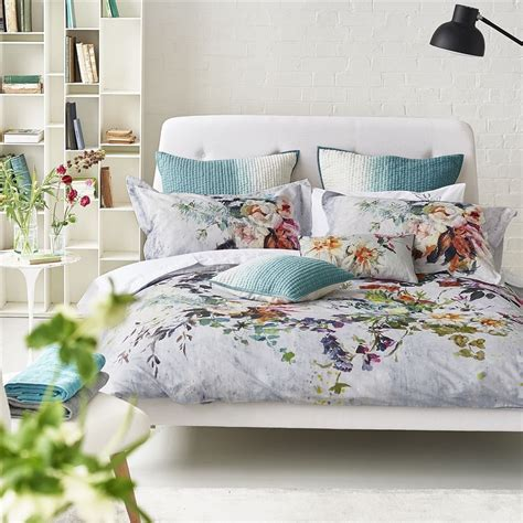 aubriet fuchsia bed linen designers guild pretty
