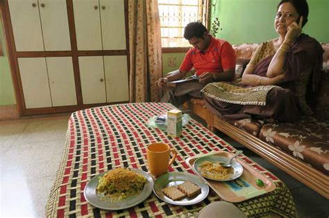indian etiquette things to know before staying with an