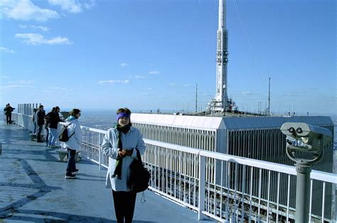Observation Deck At Wtcs Freedom Tower by Wtc Roof With Antenna Wtc Observation Deck With View Of