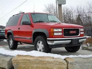 Sell Used 1995 Gmc Yukon Sle Sport Utility 2