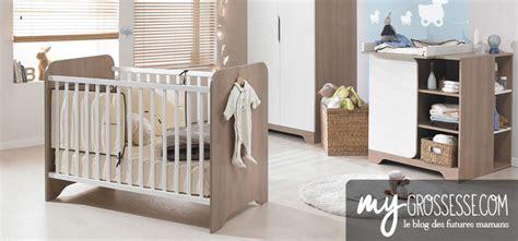 chambre de bébé déco lit commode quand la préparer