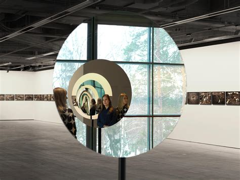 pentagonal mirror tunnel artwork studio olafur eliasson
