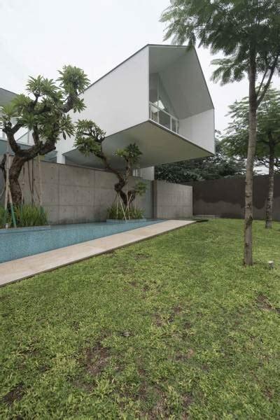Ferry Ridwan by Project Is House Desain Arsitek Oleh Antony Liu Ferry