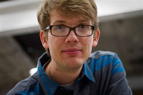 Hank Green Loves Science, and Wants Others to Love it, Too