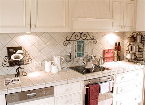 kitchen tile walls 20 things to consider before country kitchen 3301