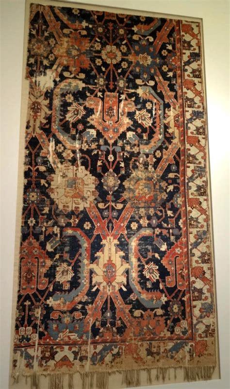 teppiche im museum fuer islamische kunst  berlin