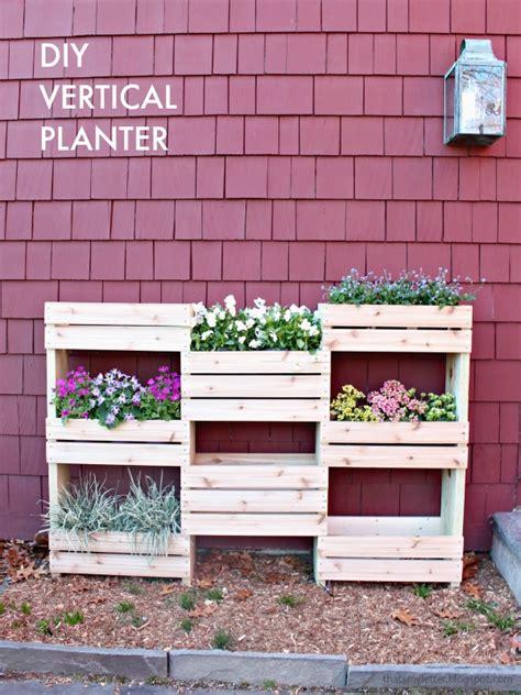 diy vertical planter that s my letter quot d quot is for diy workshop vertical planter