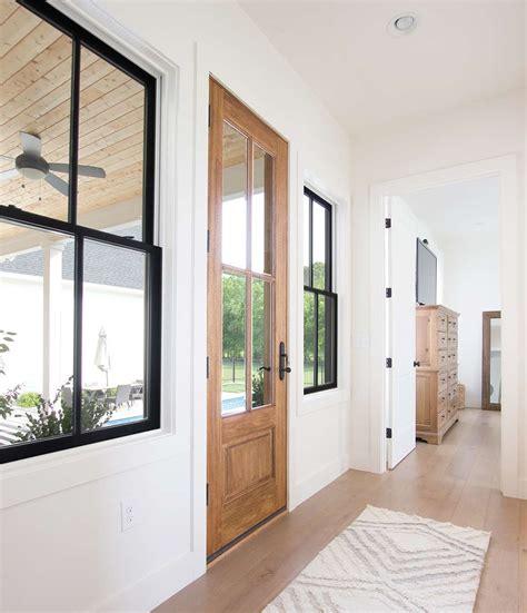 casement  double hung windows choosing      house plank  pillow
