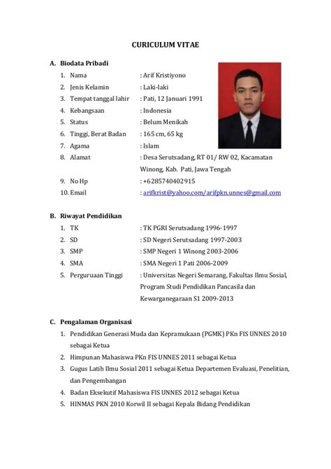 Contoh Curriculum Vitae Pdf Cv Nabila Makeup Looks Ideas Trends