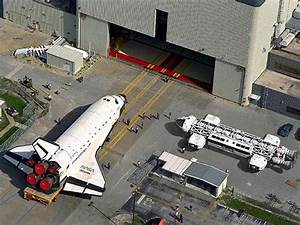 shuttle next to Space 1999 -eagle | Remember Space 1999 ...