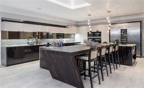 kitchen design uk luxury 10 exles of luxury kitchen design to inspire you 4599