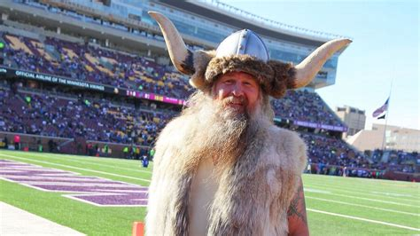 ragnar trades viking helmet  cheesehead minnesota