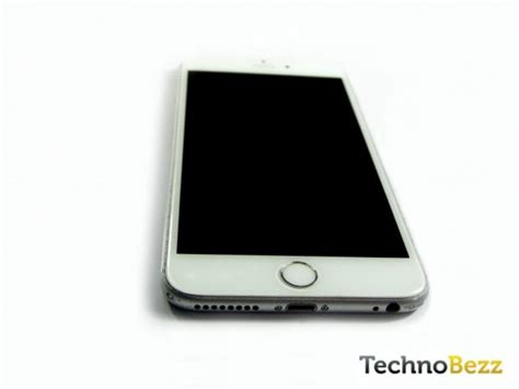 iphone screen won t turn on how to fix iphone won t turn on technobezz