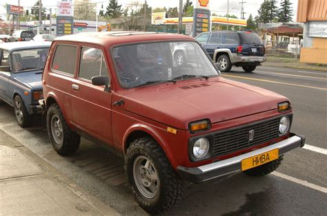 lada niva lada niva 1600 picture 12 reviews news specs buy car