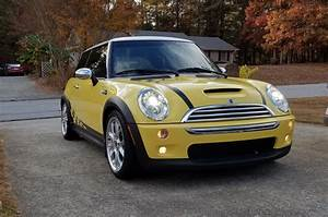 Mini Cooper R53 : fs 2005 r53 liquid yellow mini cooper s jcw gp options north american motoring ~ Medecine-chirurgie-esthetiques.com Avis de Voitures