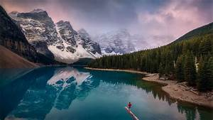 Canadian, Rockies, Moraine, Lake, With, Mountain, Reflection, And