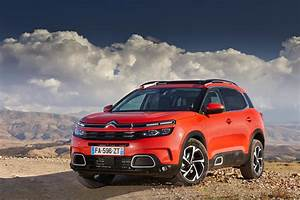 Citroen C4 Aircross 2019 : 2019 citroen c5 aircross review quirky crossover plays the comfort card ~ Maxctalentgroup.com Avis de Voitures