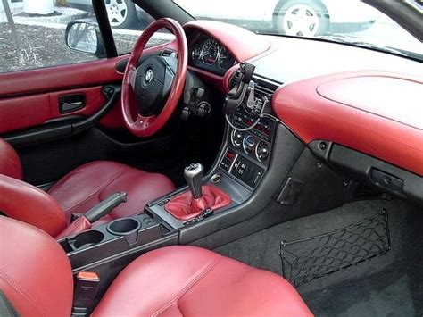 Red Interior Estoril Roady?