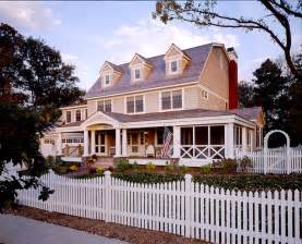 Front Porches On Colonial Homes Exterior Classic American Colonial Exterior Minneapolis By Brenner