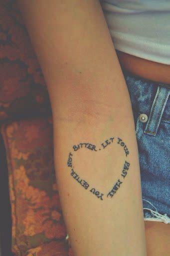 männer tattoos klein herz klein herz klein aber fein die s esten mini tattoos tattoovorlage herz mit