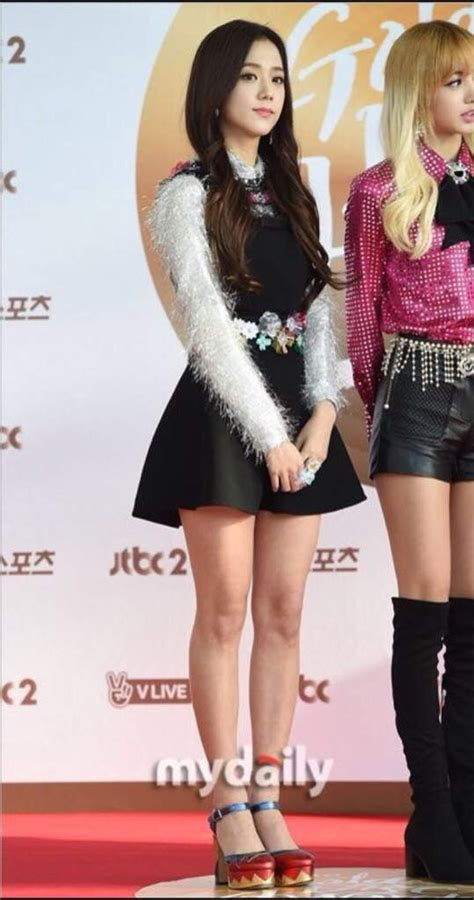 Blackpink Height Difference!  Blink (블링크) Amino