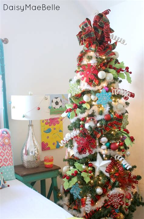 Whoville Christmas Tree Ornaments by Decorating With Bright Colors For Christmas