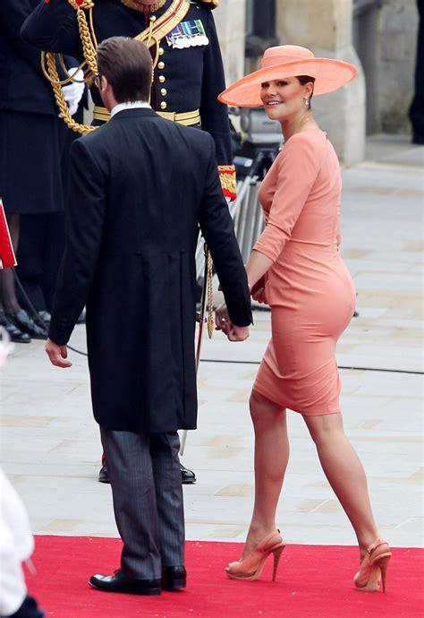 Princess Victoria Slingbacks   Princess Victoria Looks